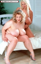 Susie & Laura Sex-o-rama